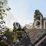 Brand in rietgedekte boerderij Ees geblust