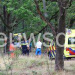Mountainbiker zwaargewond geraakt bij botsing met boom bij Jonkersheide  Gieten.