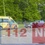 Twee auto's botsen op de Phileas Foggstraat in Emmen: één gewonde